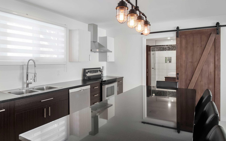 Modergo - projet d'armoires et comptoir de cuisine